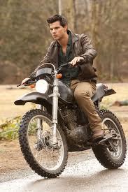 motorbike-breaking-down