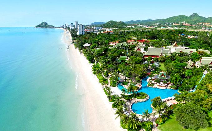 Hyatt Regency Hotel along Hua Hin Beach