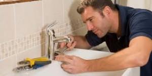 How to Handle Plumbing Emergencies Yourself